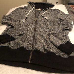 Worn 4 times Roxy Zip up sweatshirt